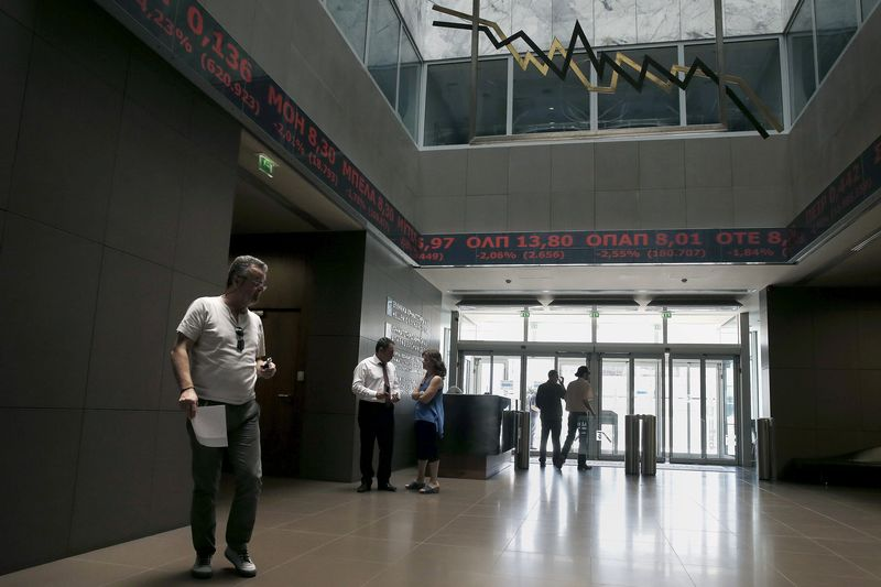 © Reuters.  Greece stocks higher at close of trade; Athens General-Composite up 0.08%