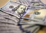 Dollar gets its groove back; pound and euro take a tumble