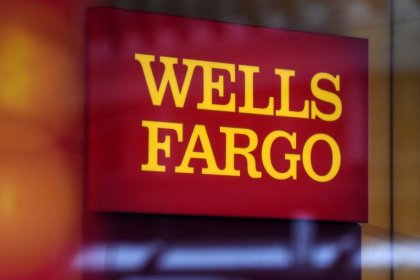 Wells Fargo to merge international business with wholesale banking