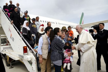 Pope says migrants' rights should override national security concerns